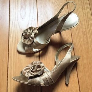 Nine West Shoes - Nine West champagne gold Julia Rae fabric heels